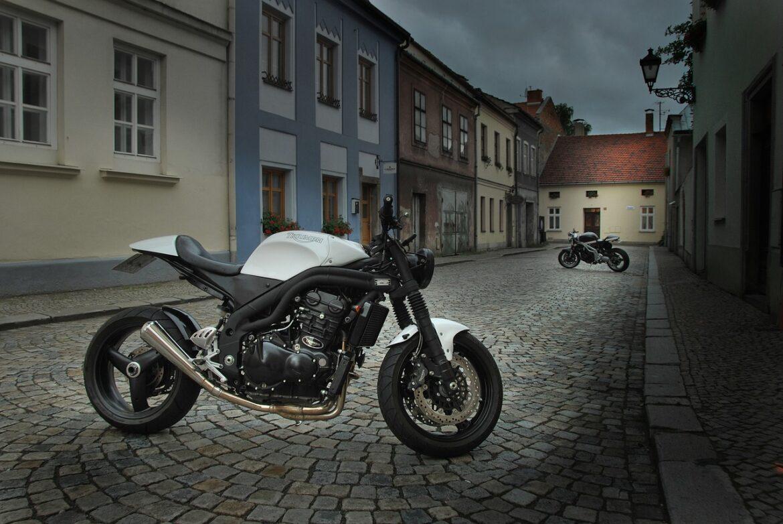 Où trouver des outils et comment faire de sa moto un café racer